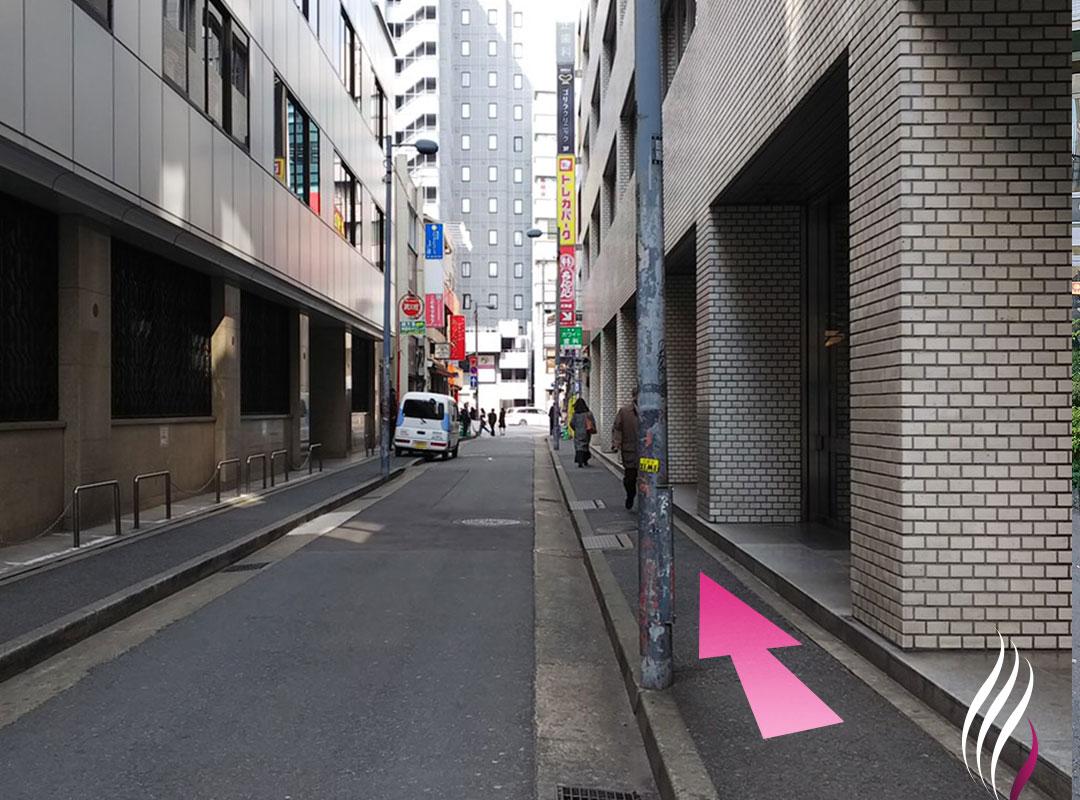 天神駅4番出口からの道順 4