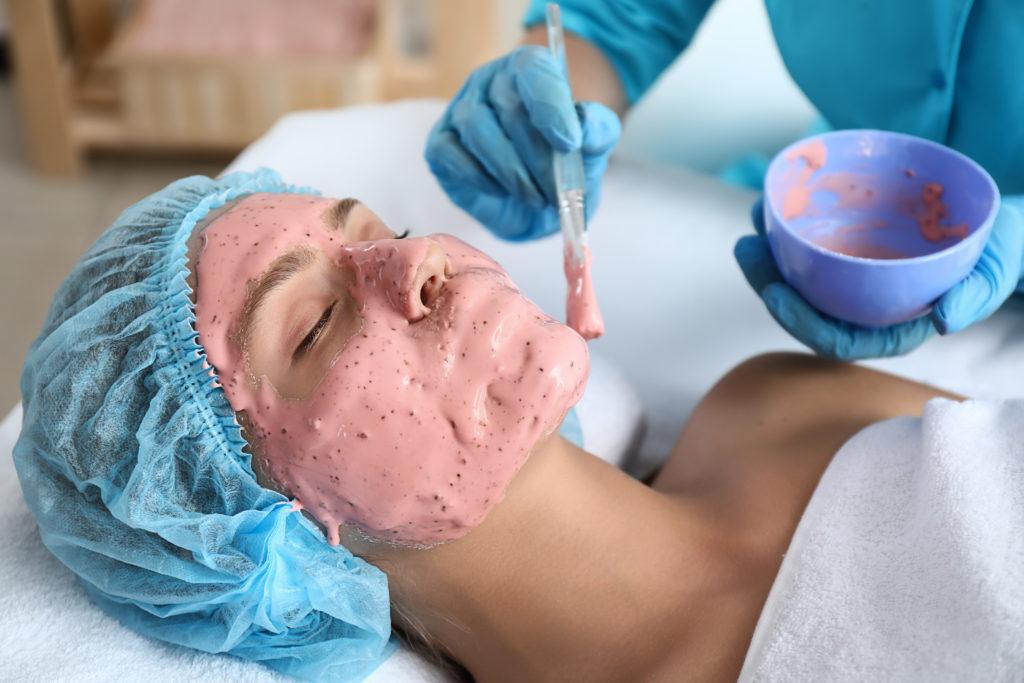 モデリングマスク、モデリングパックとは?効果や使い方、おすすめのモデリングマスクを紹介